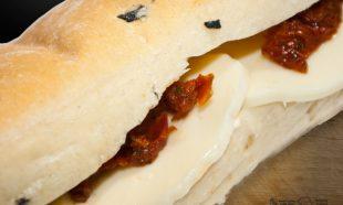 Sandwich-Ciabatta-Caprese