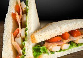 Sandwich-cu-Pui-si-Crispy-Bacon