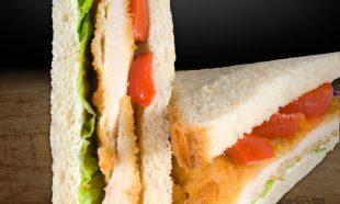 Sandwich-triunghi-cu-Snitel-Vienez